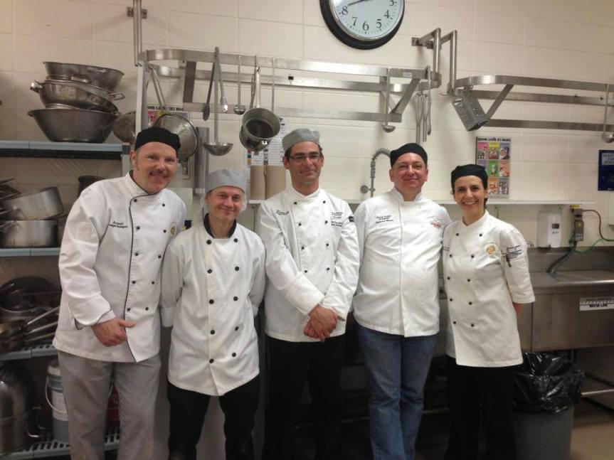 Les enseignants de Boulangerie, Marc Simonet, Patrick Lejallet, Michel Passelande, Pascal Rudnik, Marie-Parcale Bonne – à Longueuil, CFP Jacques Rousseau.