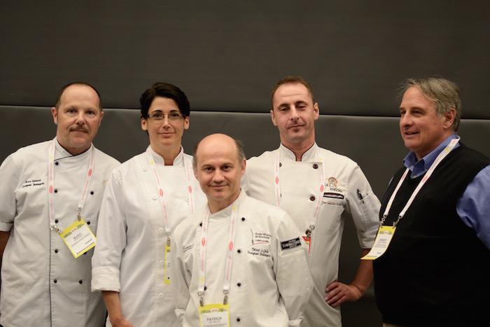 Les membres du jury, de gauche à droite : Marc Simonet, Yvonne Papillon, Patrick Le Jallé - président du jury, Jean-Sébastien Péraud, Robert Beauchemin